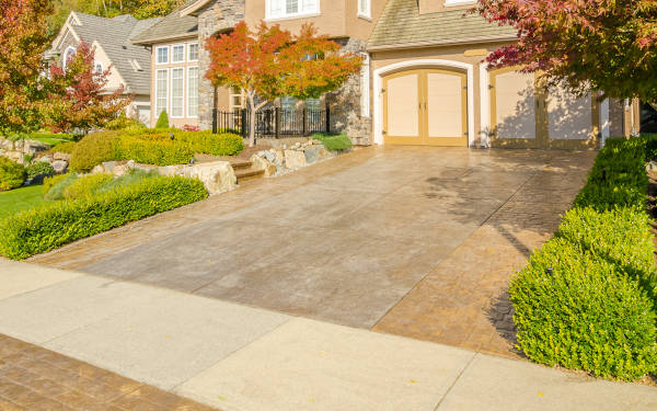 Get hassle-free estimates from local concrete driveway professionals and find out how much your project will cost.