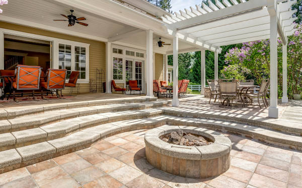 Get hassle-free estimates from local concrete, stone, & brick professionals and find out how much your project will cost.