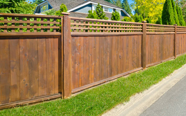 Get hassle-free estimates from local fence professionals and find out how much your project will cost.