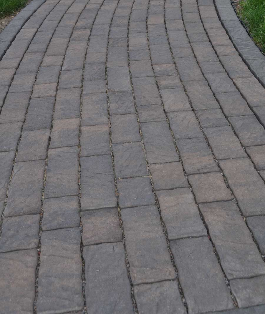 Concrete paver pathway that looks like natural stone