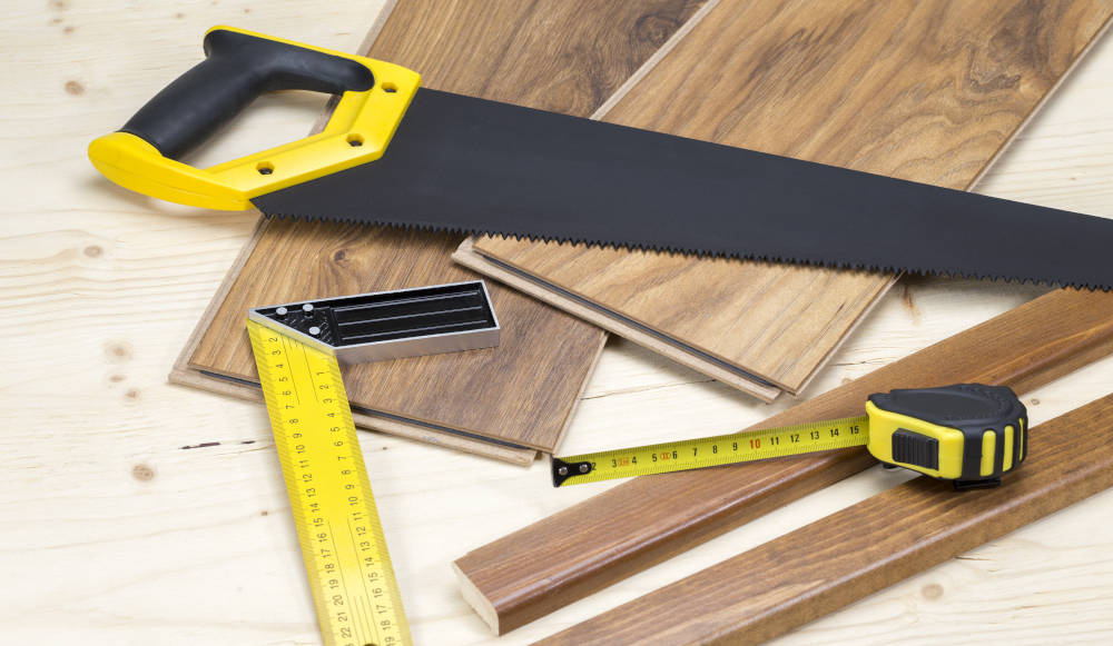 Laminate floor boards and tools needed to install them